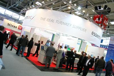 Der Stand von essemtec auf der Productronica 2009 in München.