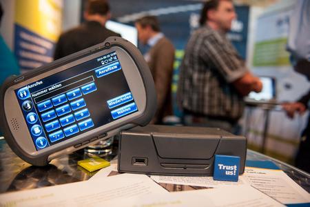 Neben den 15 Soft- und Hardwareherstellern präsentiert auch Trimble seine neuen Lösungen, den mobilen Bordcomputer FleetXPS und die Truck4U-Box