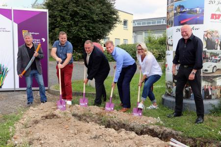 Erster Spatenstich für Glasfaserausbau in der Verwaltungsgemeinschaft Mellingen