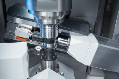 Die VLC 200 H ist für radförmige Werkstücke mit einem Durchmesser bis 200 mm und Modul 4 ausgelegt