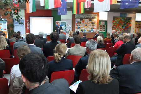 Rund 60 Teilnehmer waren zu Gast beim A³ Wirtschaftsdialog zum Thema CSR