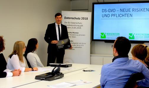 """""""DATENSCHUTZ-ready"""" – erste cobra Partner zertifiziert"""