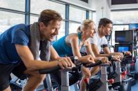 Die Schröder Group kooperiert mit dem Firmenfitnessverbund qualitrain um die Gesundheit der Belegschaft zu unterstützen / Bildquelle: Rido/Shutterstock.com