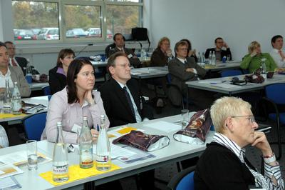 Spannende Vorträge und Diskussionen bestimmten den Fachtag für das Rechnungswesen der cormeta ag Anfang November in Ettlingen. Über 30 Teilnehmer, darunter langjährige Bestandskunden, informierten sich über Neuheiten von SAP und cormeta für Finanzbuchhaltung und Controlling.