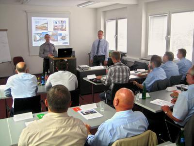 Praxisorientierte Weiterbildung: 'MarExpert Fachkolloquium' im Mahr Kundenzentrum Wuppertal