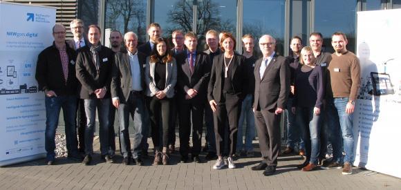 Gemeinsam produktiv: Das erste Partnertreffen zum Bildungsprojekt NRWgoes.digital hat bereits stattgefunden (Bildquelle: Nachwuchsstiftung Maschinenbau)
