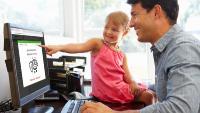 Mit sam® lassen sich Unterweisungen - etwa zum Thema Corona - kinderleicht auch von zuhause aus erledigen