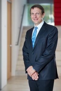 Professor Sven Bienert, Leiter des Kompetenzzentrums für Nachhaltigkeit in der Immobilienwirtschaft an der Universität Regensburg, ist neues Mitglied des DAW Nachhaltigkeitsbeirates.