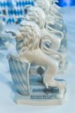 Der weiße Porzellanlöwe steht für Wachstumsstärke und wird im Rahmen der Auszeichnung Bayerns Best 50 verliehen. © Fotostudio Heuser