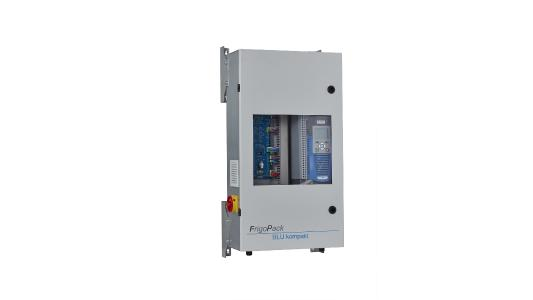 With the new FrigoPack BLU kompakt plug-and-play standard switch cabinet, up to two compressors can be operated efficiently with a maximum refrigerating capacity of 50 kW