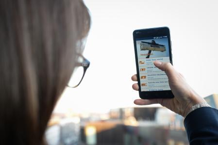 Die GREIWING logistics for you GmbH digitalisiert die Kommunikation: Neuigkeiten aus ihrem Unternehmen erfahren die Mitarbeiter des Logistikspezialisten ab sofort und ohne Verzögerung über die neue GREIWING-App