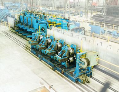 Für die 2000 nach Harrow, Kanada, gelieferte 16-Zoll-ERW-Linie wurden zwei neu entwickelte Innenentgrateinrichtungen geliefert