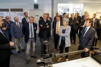 Knorr-Bremse Werksleiter DI Herwig Hinterreiter präsentierte die in Mödling entwickelte und für den Weltmarkt produzierte Magnetschienenbremse für Schienenfahrzeuge. | © Christian Husar