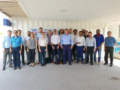 Besuch der Handelsdelegation bei einer Wasseraufbereitungsanlage in Dubai (VAE)