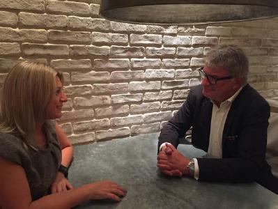 Vanessa Ashworth talking with Thomas Fritsch