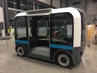 US-Leichtbauinnovation Olli, der erste selbstfahrende Elektrobus, der überwiegend aus dem 3D-Drucker stammt / © Local Motors