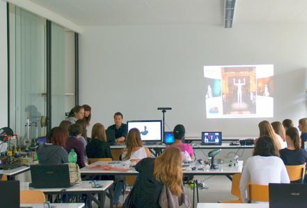 Teilnehmende am Ferienprojekt 3D mit Betreuer Benjamin Allbach