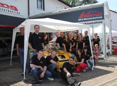 (Foto: © hl-studios, Erlangen)  Mitarbeiter_Team von Porsche Lang aus Erlangen