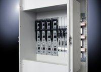 Rittal hat seine System-technik Ri4Power Form 1 für Hochstrom-Niederspan-nungs-- und Installationsverteiler ISV jetzt an die neuen Rittal-NH-Sicherungs-lastschalt-leisten der Größe 00 bis 3 angepasst und den Einbau deutlich vereinfacht