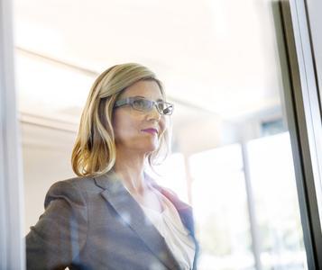 ESMT: Scholarships for Women in Leadership Positions