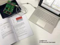 Lab@Home wurde für das Fernstudium Zuverlässigkeitsingenieurwesen an der h_da entwickelt und motiviert zu selbstgesteuertem Lernen im Heimlabor / Foto: Lab@Home© Hochschule Darmstadt