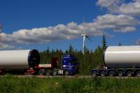 Im finnischen Haapajärvi betreibt ABO Invest bereits seit 2015 zwei Windkraftanlagen. Nun rollen die Komponenten für weitere sieben Anlagen mit jeweils 3,3 Megawatt Leistung an. Die neuen Vestas-Anlagen gehen planmäßig bis November 2017 ans Netz
