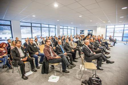 70 Teilnehmer besuchten das INNONET-Netzwerktreffen und die Mitgliederversammlung bei der FOBOHA (Germany) GmbH in Haslach i. K