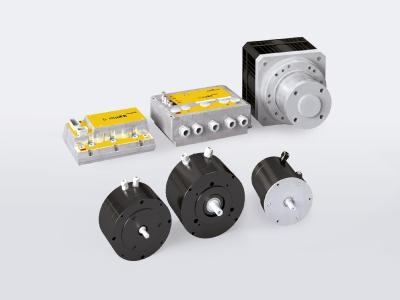 The Baumüller complete drive solution for the electrically driven mixing system DIGIMATIC42 consists, among other things, of a mobile controller of the b maXX mobile series and the disc motor DSM