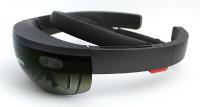 Lösungsansatz: Eine AR-Brille für den Fahrer sowie Kameras am Gabelstapler sollen für einen uneingeschränkten Rundumblick sorgen. (Quelle: IPH)