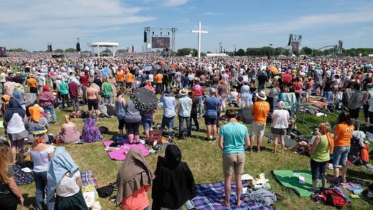 Mehr als 120.000 Gläubige aus aller Welt nahmen am 27. Und 28. Mai am Festwochende in Wittenberg teil  (Bild:  Hotmobil Deutschland GmbH)