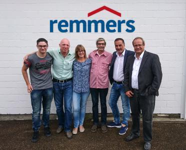 Das Team der Remmers AG in der Schweiz startete Anfang Juli durch. V.l.n.r. Jeremy Cornuz, Frank Thiel, Andrea Willi, Helmut Weber, Münir Toprak und Dr. Daniel Römer / Foto: Remmers AG Schweiz