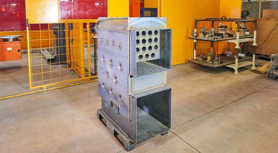 Cloos Robots weld boilers