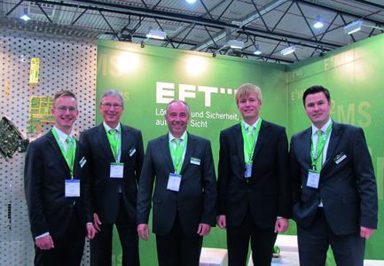 Zum zweiten Mal auf der ILA/ISC dabei: Matthias Holsten (rechts), Geschäftsführer der Plath EFT, mit seiner Vertriebsmannschaft sahen sich auf der Messe als Hightech-Fertiger in der E2MS-Nische bestätigt