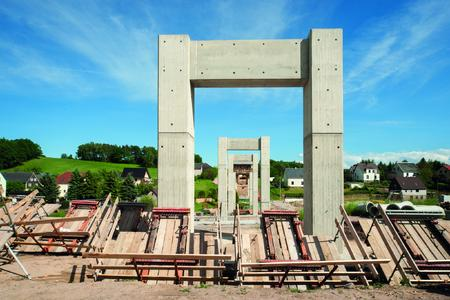 The result is impressive and a delight to see: visually through the perfect surface finish and economically through the use of NOEratio beam formwork.