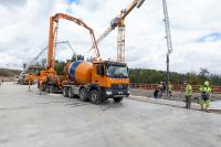 Großbaustellen (wie hier die A44 bei Dankmarshausen) müssen nahtlos mit Beton beliefert werden.