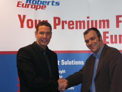 Left: Helge Wöbke (Head of Logistics EMEA & AP, TRW Automotive)
