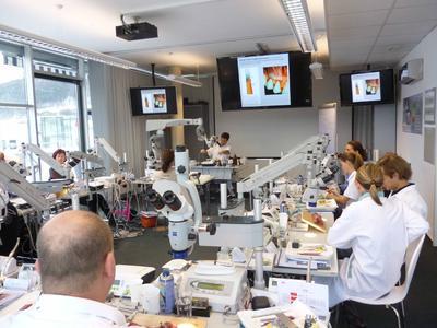 Begeisternder Referent Dr. Josef Diemer am MTC Aalen