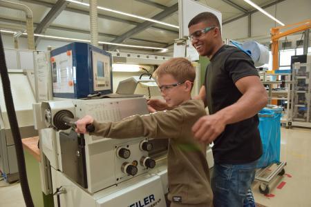 In den verschiedenen Workshops erhielten die Jugendlichen erste Einblicke in die Praxis des gewünschten Ausbildungsberufs.