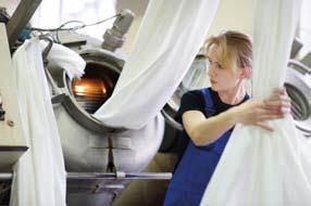 Schon mit der Gründung im Jahr 1851 hielt der Gedanke von der Produktion nachhaltiger Textilien – damals noch Bekleidungstextilien – Einzug ins Unternehmen. Heute spiegeln sich Umweltbewusstsein und Nachhaltigkeit in unzähligen getätigten und geplanten Maßnahmen und international anerkannten Zertifizierungen wider, © Gabriel A/S