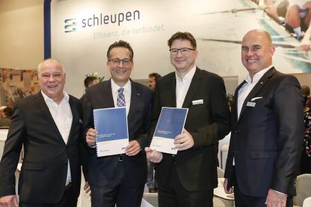 BTC AG und Schleupen AG unterzeichnen Partnerschaft beim CLS-Management