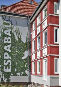 ESPABAU steht in Findorff für gutes Wohnen in weitgehend sanierten  Wohnbauten (Foto: Caparol Farben-Lacke-Bautenschutz/Martin Duckek)