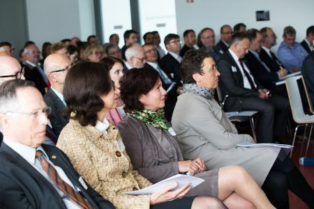 Teilnehmerinnen und Teilnehmer des Forums / Foto: ZIRP