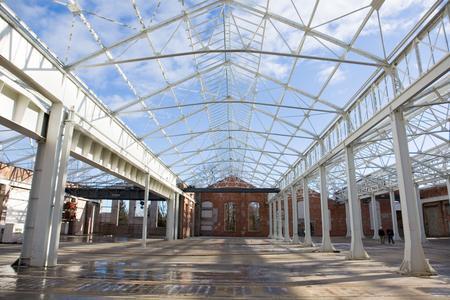 Stahlstützen und -träger in Halle und Dach sind mit ihrem Korrosionsschutz für die Zukunft gewappnet.