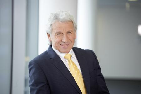 Neuer Vorsitzender der Geschäftsführung LEONHARD WEISS: Dipl.-Ing. Dieter Straub