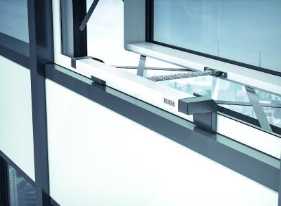 """Die """"Klimaaktive Fassade mit GEZE IQ box KNX"""" wurde als ICONIC AWARDS 2018: Innovative Interior – """"Winner"""" ausgezeichnet (Bild: GEZE GmbH)"""