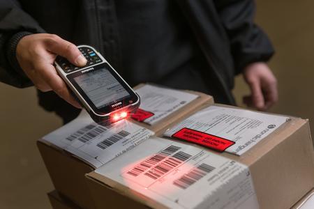 Handheld schliesst mit SOTI strategische Partnerschaft im Bereich Enterprise Mobility Management