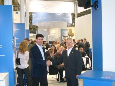 Francisco Javier Rosenthal (l.) und windream-Geschäftsführer Roger David auf der DMS Expo 2008