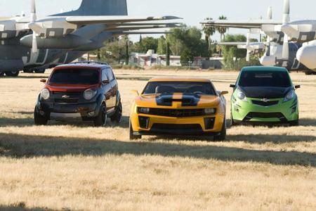 """Die Autos von Chevrolet sind die Stars im Kinofilm """"Transformers – Die Rache"""""""