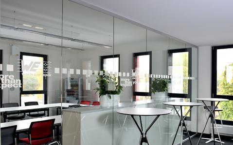 Besprechungs- und Seminarräume sind ebenfalls vorhanden in der neuen Niederlassung von Würth Elektronik eiSos in Berlin (Bildquelle: Würth Elektronik eiSos)