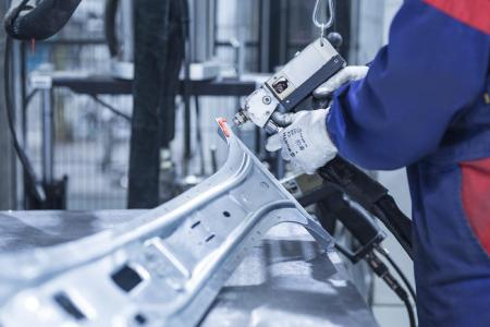 Valmet Automotive is creating a total of 1,000 new jobs in battery production and vehicle manufacturing at its Finnish sites in Uusikaupunki and Salo